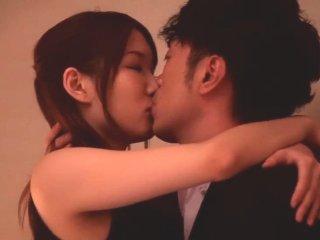 大島丈/舞咲みくに 大人の男性にリードされて濃密に交わり合うセックスを楽しむセクシーなスタイル抜群美女 Pornhub女性専用アダルト動画