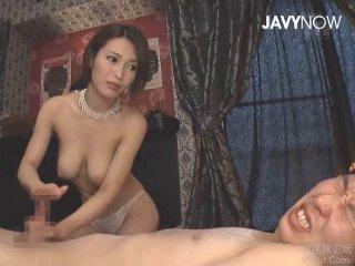 君島みお 男のカラダを知りつくし射精しても手を止めないで男潮吹かせちゃうスタイル抜群の美人エステティシャン JavyNow女の子の為のエロ動画